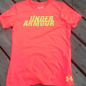 Under Armour Semi-Fitted performance tee