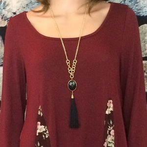 Jewelry - Black Pendant Necklace Set