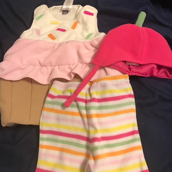 bedb0cacb829 Old Navy cupcake costume. M 57e1d57999086ad9c1036020