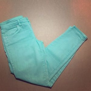 Turquoise cropped jeans