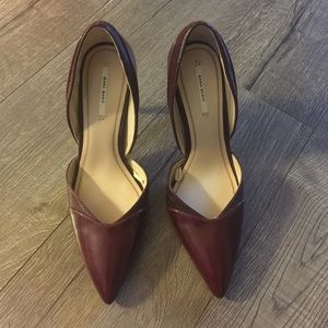 Zara basic burgundy colored pointed heels