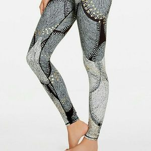 Fabletics Pants - Fabletics Salar Leggings