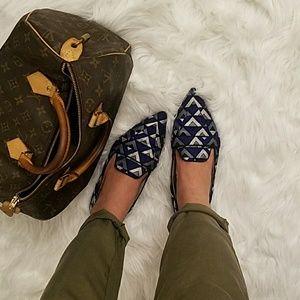 Zara Chevron Geo Flats Loafer