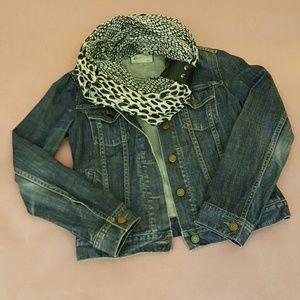 GAP Jackets & Blazers - 🍾 HOST PICK 4/1 🍾 GAP Dark Jean Jacket