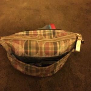 Plaid poppy purse. Medium bag.matching wallet