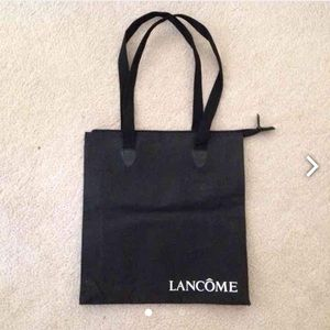 Handbags - 💵 NEED GONE black tote