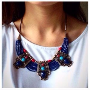 Jewelry - ❣BACK IN❣ Antique Style Beaded Statement Necklace