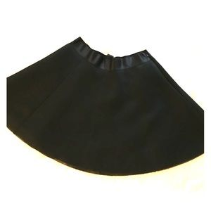 NWT black Express skirt