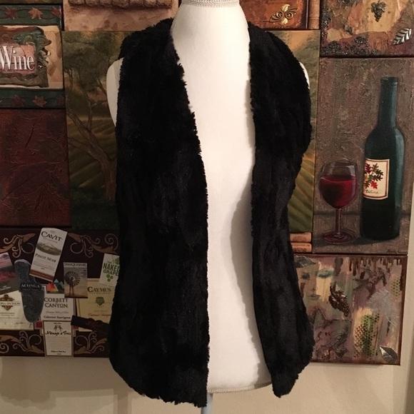 Arizona Jean Company - ARIZONA JEAN COMPANY BLACK FAUX FUR VEST ...