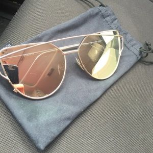 Accessories - Oversized cateye rose gold glasses
