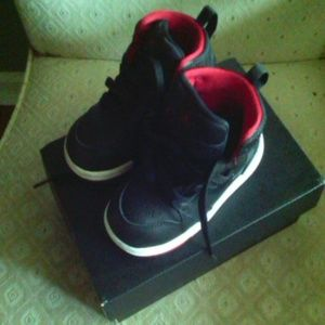 Nike Air Jordan Retro Black Red Hi Tops toddler 7