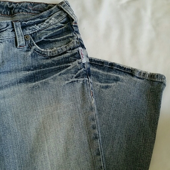 What Size Is 28 In Silver Jeans - Xtellar Jeans