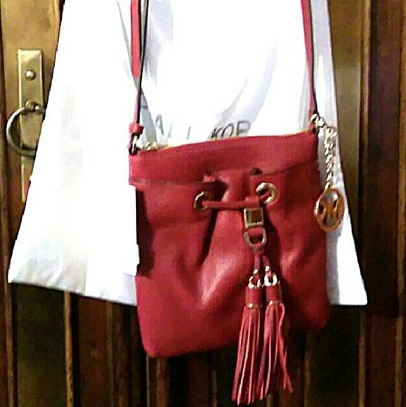 ad4b1bf5b81231 Michael Kors Bags | Camden Crossbody Handbag | Poshmark