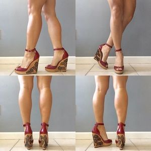 Valentino rouge wooden lace ankle strap wedges 6.5