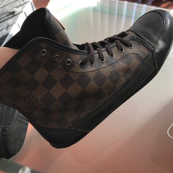 5a83690a7a9 Louis Vuitton Men Damier Ebene Elan Sneaker Boot