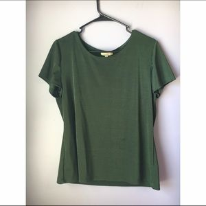 Green top/blouse