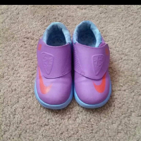 Toddler girl Nike KD shoes Like New