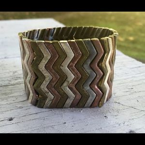 Mixed metal bracelet