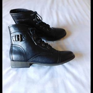 Madden Girl Shoes - Black Madden Girl Booties W/ Buckle Side Detail