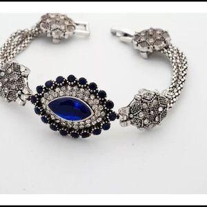 💙last 1💙Vintage style silver Fashion bracelet