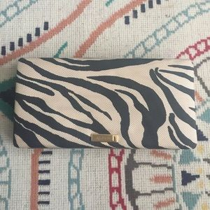 Handbags - Wallet Alfani