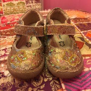 Primigi Other - Primigi 24 8 sequin Velcro strap shoes bronze bin6