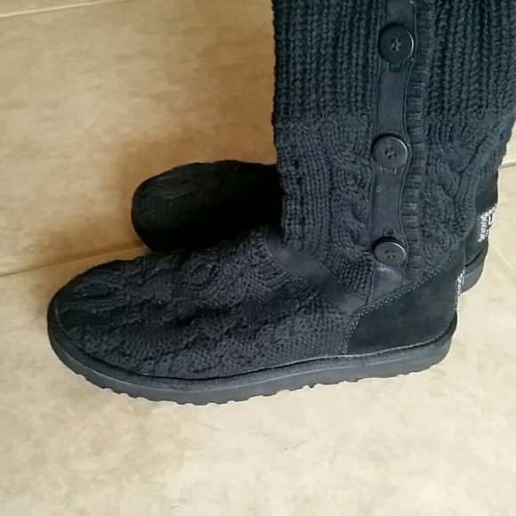 how to clean sweater uggs