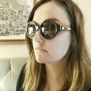 House of Harlow round sunglasses