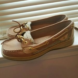 Sperry Shoes - Sperry boat shoes sz 7 mint condition