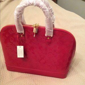 Handbags - XL red bag. 💥Last one💥