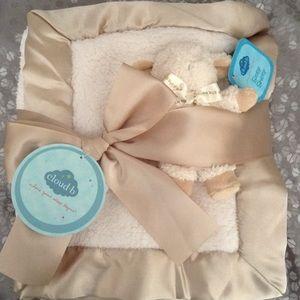 Cloud B Other - Cloud b gift set :baby Sherpa blanket/sheep rattle