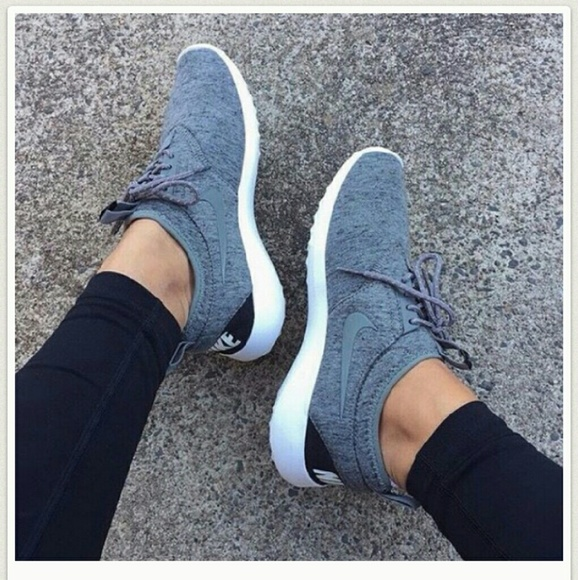 low priced 388fc 872fa Nike Shoes - ISO Womens Nike Juvenate Fleece