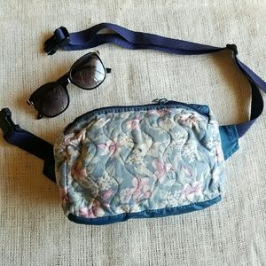 Granny Fanny Pack Goodness! Vintage Floral Hip Bag