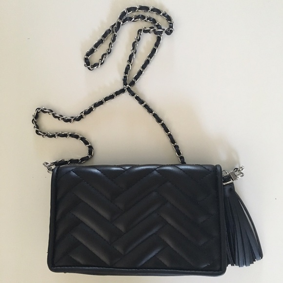 abe8bde9 Zara black quilted clutch crossbody chain purse