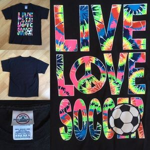 Other - 🚚MAKE OFFERS🚚LIVE LOVE SOCCER the dye shirt 💗
