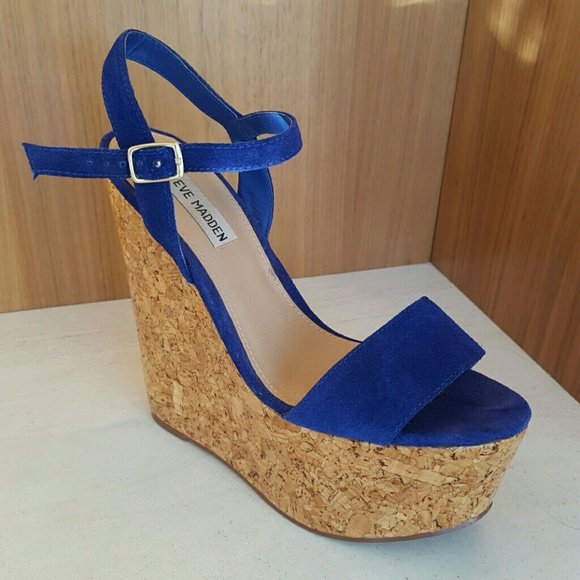 54674f3ce89 Steve Madden Royal Blue Suede/Cork Wedges, size 8