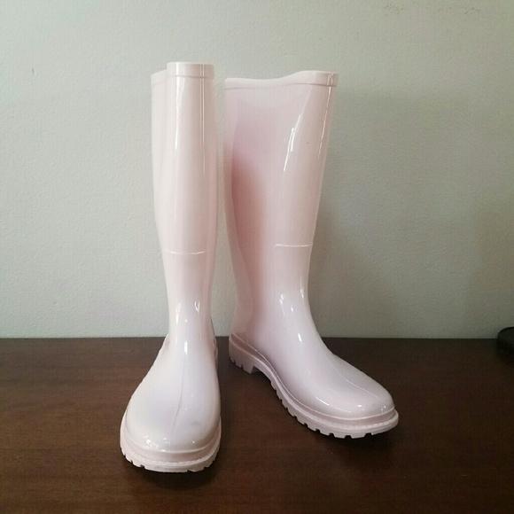 55% off Barneys New York Shoes - FLASH SALE Lola Blush Light Pink ...