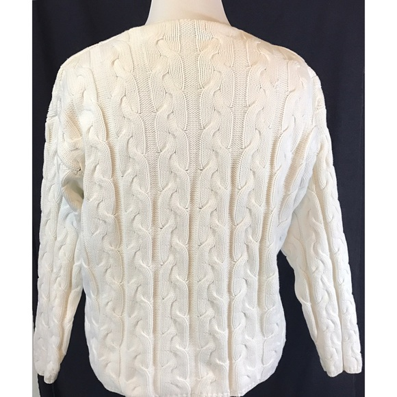 Eddie Bauer Sweaters - Eddie Bauer cable knit sweater 100%cotton