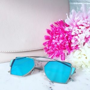 "Erica Rose Accessories - ""Chiara"" Sunglasses    Light Blue Mirror"