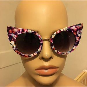 Floral print cat eye sunglasses sunnies designer