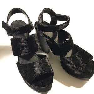 Shoes - Monki Black Velvet Chunky Heel Sandal