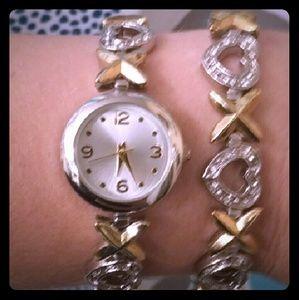 Accessories - 💎BEAUTIFUL Matching Xoxoxo Watch & Bracelet!!💎