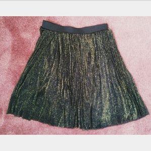 NWT Oasis Black Gold Pleated Skirt US4