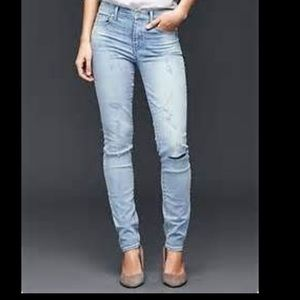 Gap 1969 Resolution Slim Straight Jeans