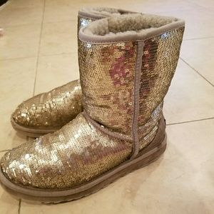 Gold Sequin Uggs Size 8