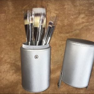 IT Cosmetics Other - IT Cosmetics Limited Edition Heavenly Luxe Brushes