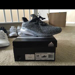 Adidas zapatos hombre  Alpha Bounce talla 10 poshmark