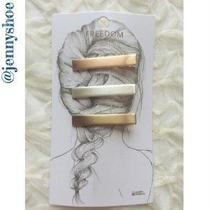 Topshop Accessories - {topshop} hair clip multipack