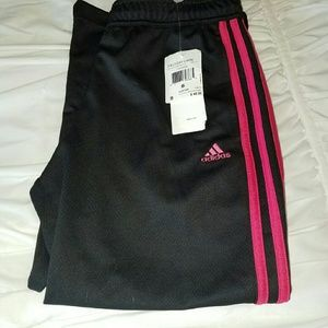 Adidas small Capri