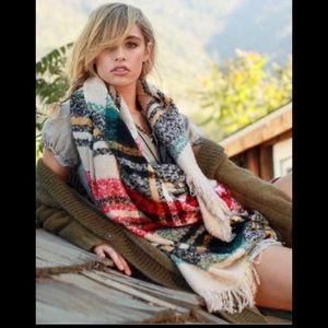 •blanket scarf•